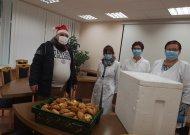 Ligoninės personalui  - skani Smalininkų TVM mokyklos bendruomenės dovana