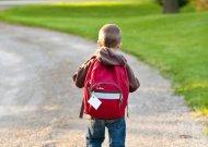Jurbarko mokyklų bendruomenėms grąžinti pradinukus į klases trukdo... nenoras testuotis